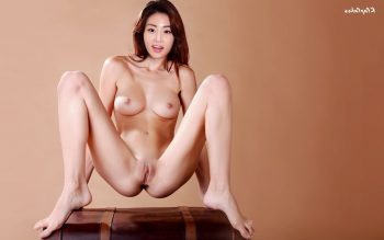 Kang Sora New Kfapfakes03 350x219 - Kang So-ra Nude Fake Porn Photos